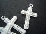 流行の綿ケミカル 人気のミニクロス柄のアクセサリーレース 4枚
