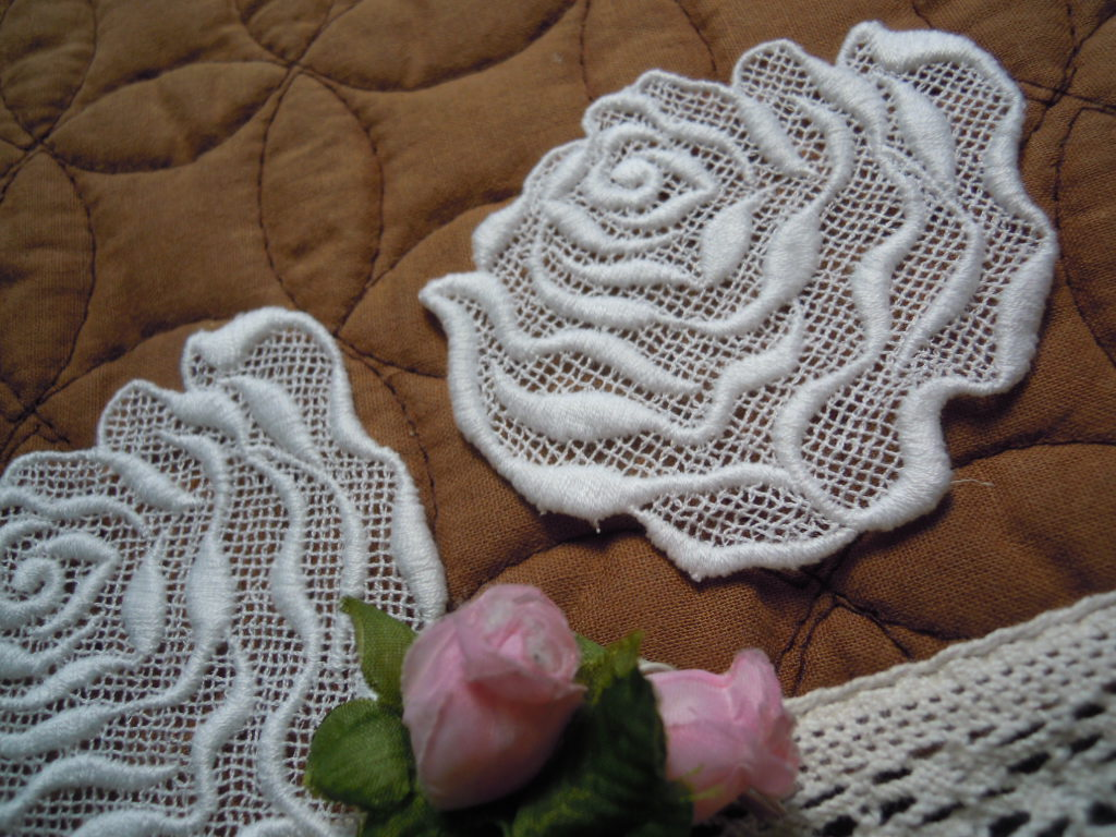 画像3: 人気のコットンの薔薇柄 オフシロのエレガントなモチーフレース 1枚