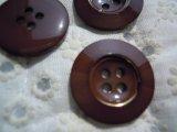 21mm エレガントなチャとゴールドカラーボタン 3個入り