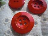 21mm エレガントなアカとゴールドカラーボタン 3個入り