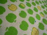 メッチャ可愛いアップル柄の綿麻キャンパス地 1M