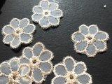 メッチャ!フェミニンなゴールド!可愛い花柄のオーガンジレース 18枚入り(プロパー商品)