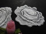 メッチャエレガントな薔薇柄 人気のコットン・ケミカルのアップリケレース 2枚