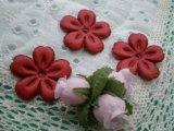 約3.5c 日本製 アカ色のヌメ皮 花柄モチーフ 3個入り