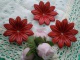 約4c 日本製 アカ色のヌメ皮 花柄モチーフ 3個入り