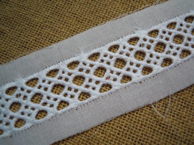 画像1: 幅約3c シロの人気の綿ハシゴレース 9M