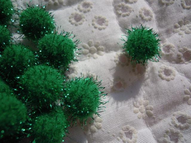 画像2: 直径約10ミリ たっぷり30個入り キラキラボンテン グリーン
