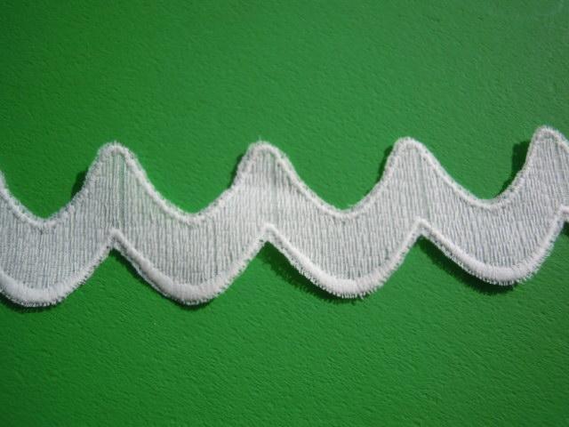 画像3: ちょっと変わったオフシロの綿レース 4M