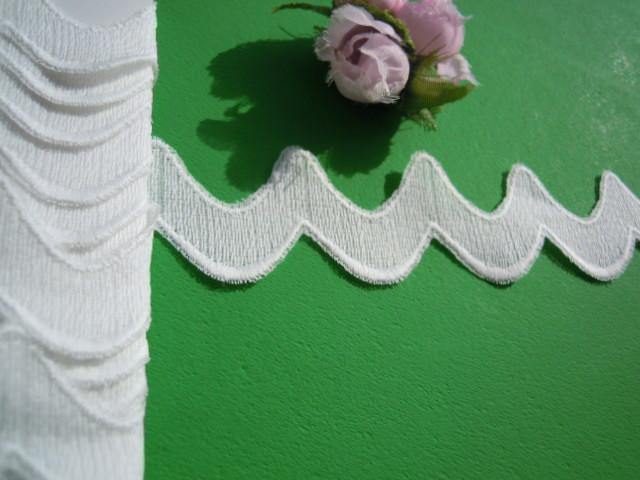 画像2: ちょっと変わったオフシロの綿レース 4M