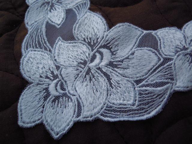 画像1: 人気の花柄 シロのチュールアップリケレース 2枚入り