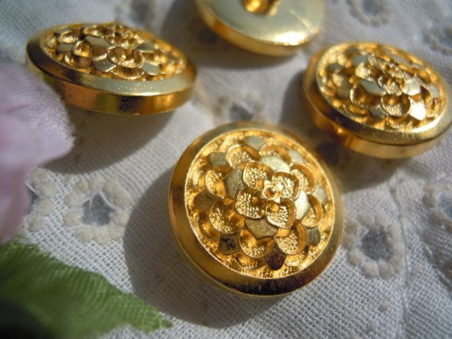 画像1: 18mm エレガントなゴールドカラーボタン 4個入り