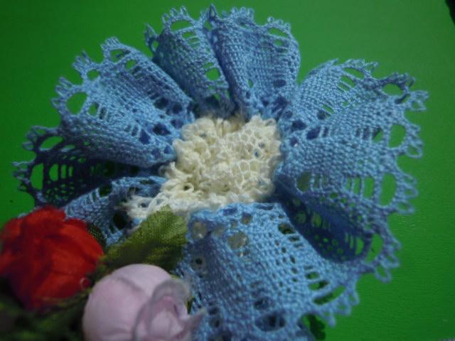 画像1: 簡単にレースの花が作れるフラワートーション!!! ライトブルー   30c
