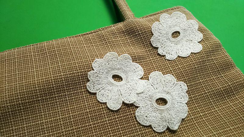 画像1: 人気のコットンの花柄 オフシロのエレガントなモチーフレース 3枚