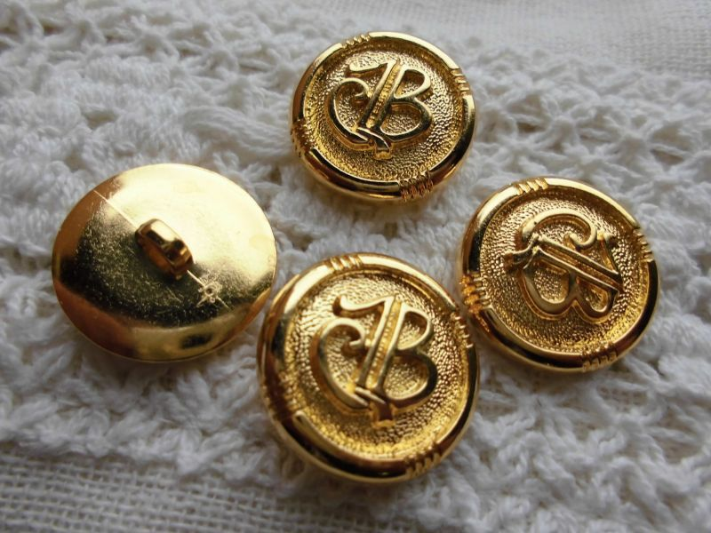 画像2: 約21mm 流行のボタンイヤリングに如何!?エレガントなゴールドカラーボタン 4個入り