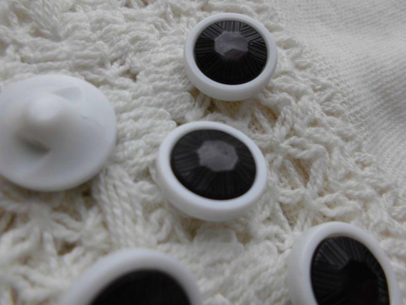 画像1: 約12mm 流行のボタンイヤリングに如何!?メッチャ、エレガントなシロとクロのカラーボタン 5個入り