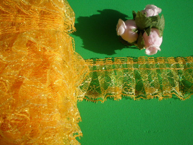 画像2: アイロン接着 レース工房☆太陽のぴたっとレース  オレンジ・パールラメの人気のフリフリフリル・ラッセルレース 1M