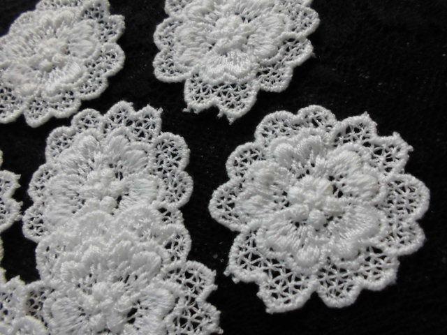 画像2: 手作りマスのアクセントとして人気です。人気のコットン・花柄のケミカルモチーフレース 12枚