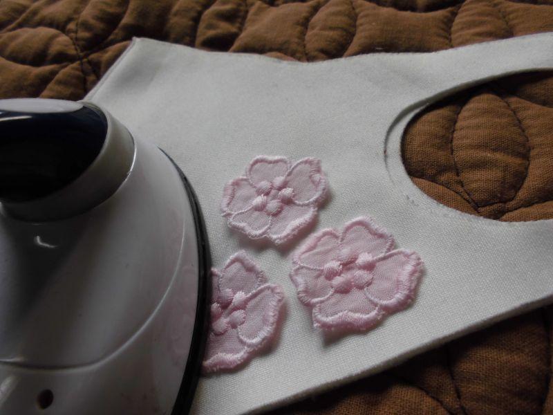 画像2: 手作りマスクのアクセントに如何!アイロン接着! レース工房☆太陽のぴたっとレース ピンクの人気の綿の花柄モチーフ 15枚