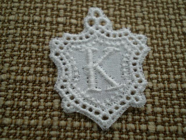画像1: K 綿の繊細なプチイニシャルモチーフ 3枚入り