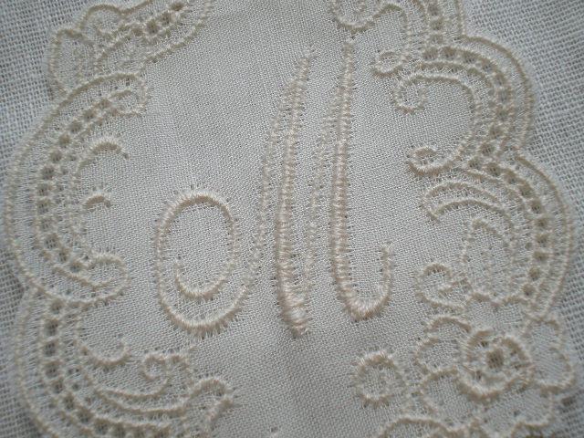 画像1: M レース工房太陽のオリジナル・キナリの繊細な綿のイニシャルモチーフ