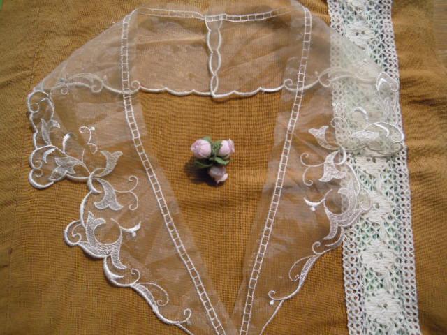 画像1: テーラー衿 キナリ色のエレガントなオーガンジの襟レース