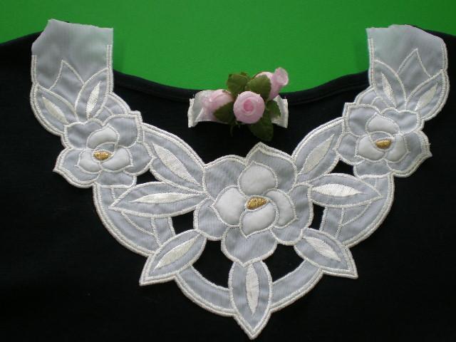 画像1: エレガントな花柄のモチーフレース