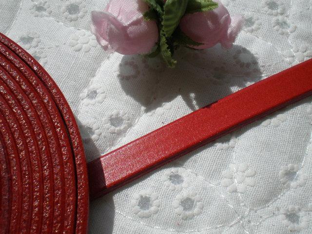 画像1: 幅約1C 日本製 アカ色のヌメ皮 1M