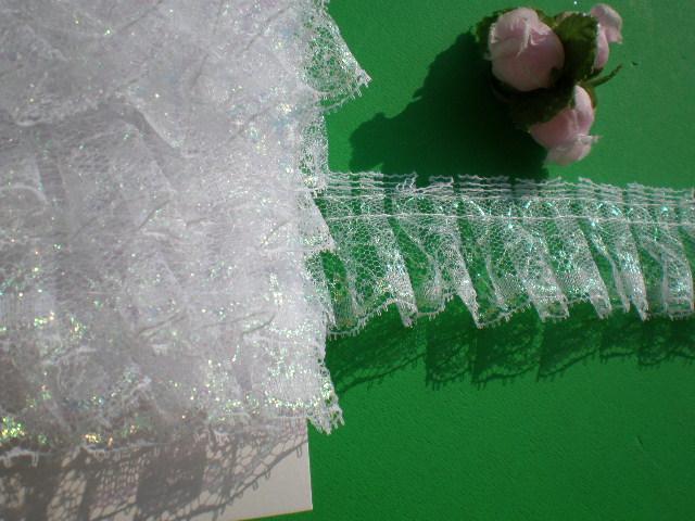 画像1: 流行の予感! 大人気のエコ・レースタワシに・・・ シロのパールラメのボックス加工フリル 10M