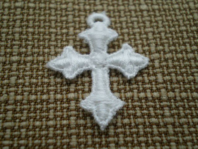 画像1: 綿ケミカルの繊細な十字架柄のモチーフ 4枚入り