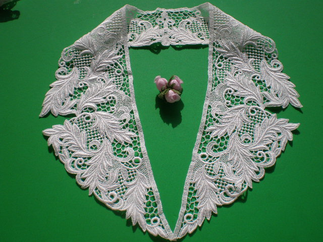 画像1: オフシロのエレガントな綿の襟レース