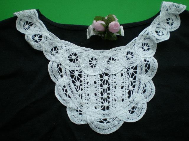 画像1: ホワイトの衿のバテンレース