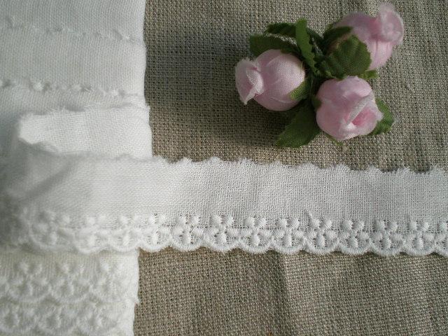 画像1: オリジナル・ダブルガーゼの花柄の綿レース